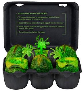 產地直送保證新鮮!!NECA【異形夜光蛋】Glow-in-the-Dark Egg Set 紙蛋盒收藏組