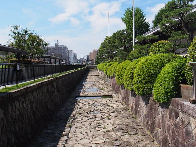 西本願寺-御影堂門外的七条堀川