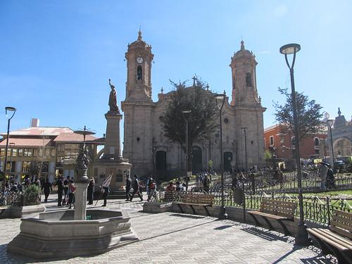 Potosi: la Plaza 10 de Noviembre et sa cathédrale