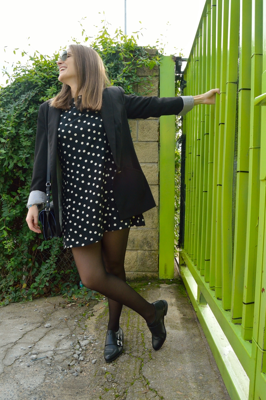 lara-vazquez-mad-lula-style-fall-dots-dress