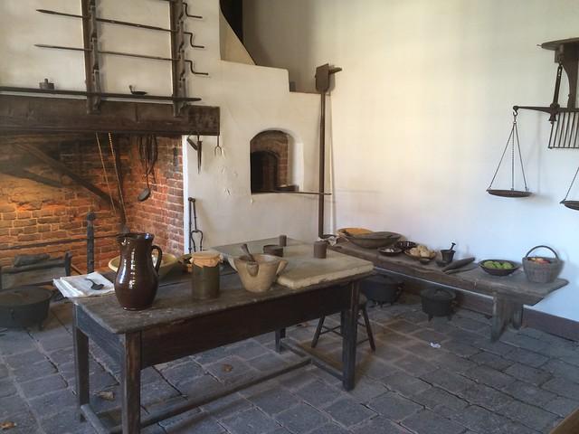 Kitchen reconstruction