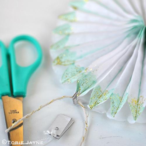 Painted & glittered paper fan tutorial 2