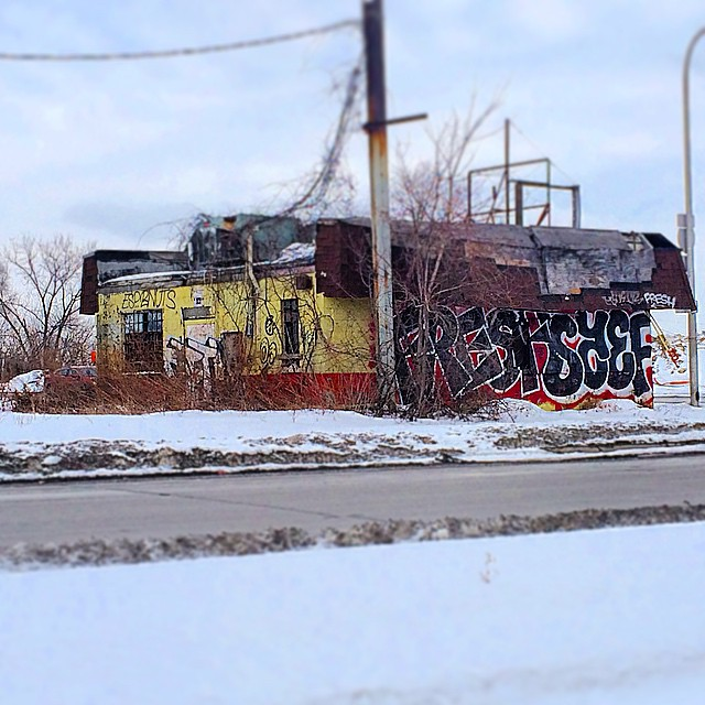 What is this #odd lil bldg in #detroit ? Looks like somebody is there.