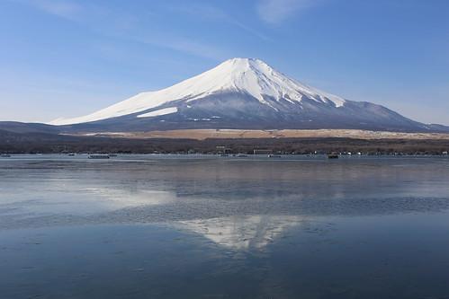 blue white snow japan fuji 富士山 山中湖 yamanakako