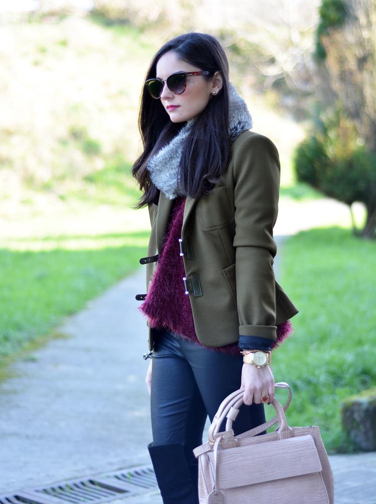 Zara_ootd_verde oliva_botas_altas_burdeos_chicwish_outfit_06