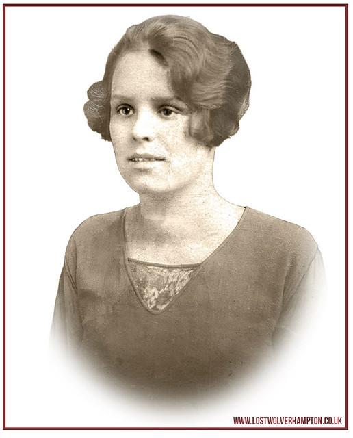 Annie (Nancy) Howe aged 21