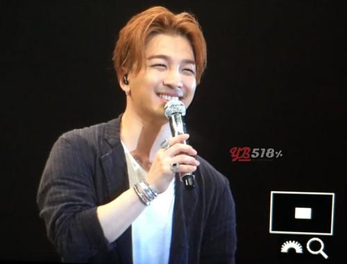 Big Bang - FANTASTIC BABYS 2016 - Chiba - 14may2016 - YB 518 25 - 08