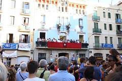 dg., 14/08/2016 - 19:14 - Ada Colau visita els carrers guarnits i assisteix al pregó de la Festa Major de Gràcia