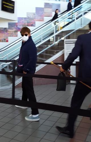 Big Bang - Los Angeles Airport - 06oct2015 - MiNatwOnnie - 17