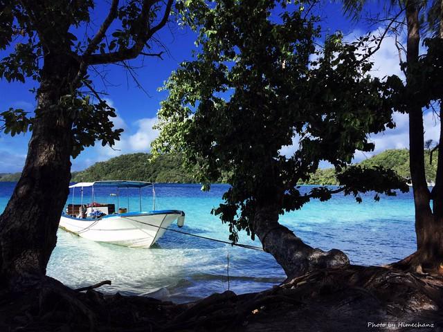恒例の無人島上陸でランチもボートチャーターだから確実にできちゃいます♪