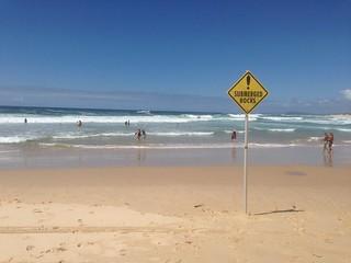 Imagen de North Entrance Beach. ocean beach sign wave