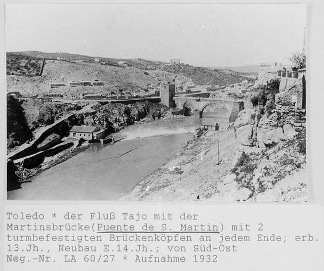 Puente de San Martín y roca Tarpeya en 1932