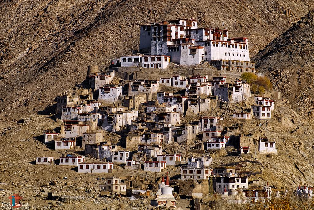 The view of Chemde monastery