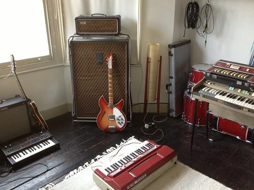 5 instruments:equipment