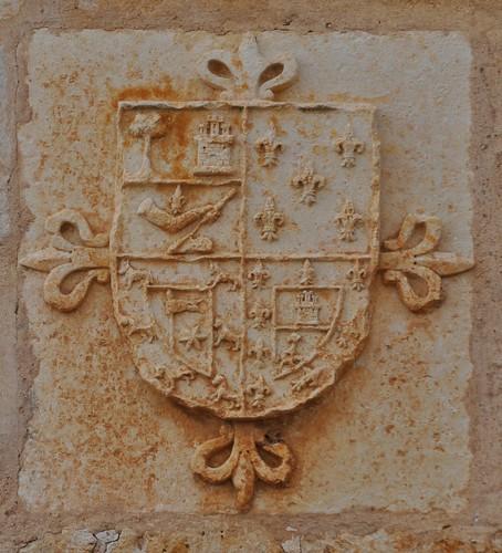 Palacios de Riopisuerga (Burgos). Portalón. Escudo