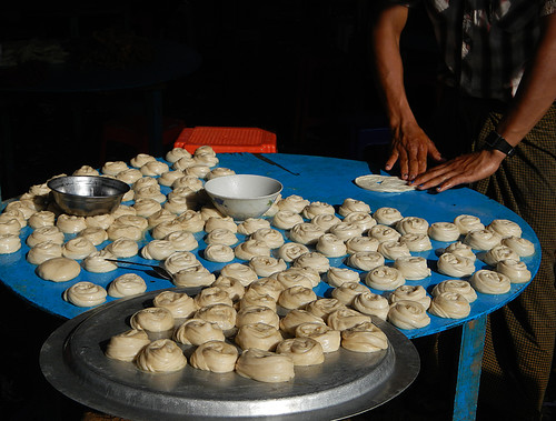 Making Pastries At the Weekly Market in the Village at the End of Inle Lake (Myanmar)