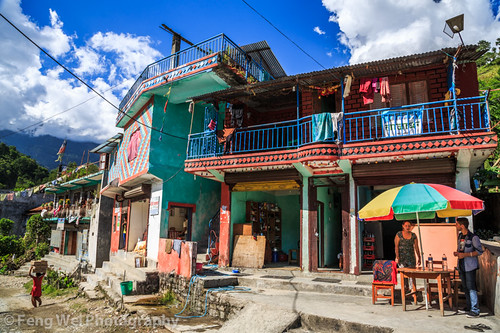 travel nepal house color tourism beautiful horizontal rural trek town colorful asia outdoor scenic hike annapurnacircuit annapurna gandaki lamjung khudi annapurnaconservationarea
