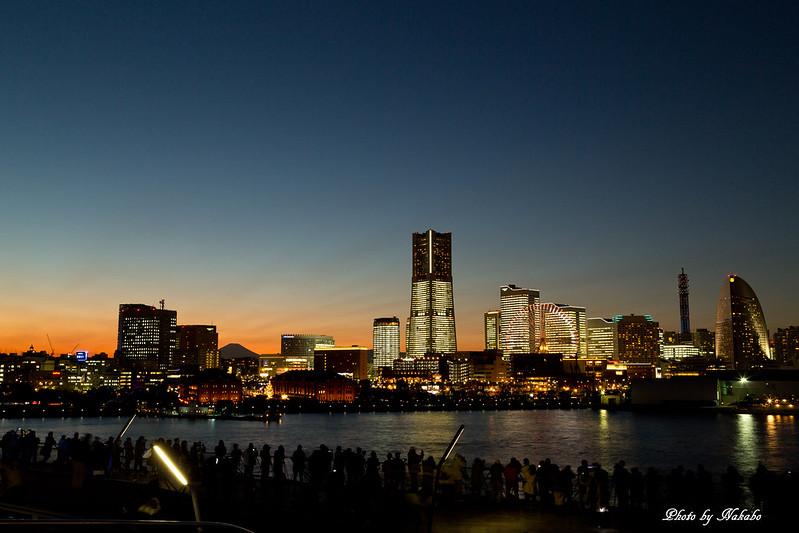 TOWERS Milight ~みなとみらい21 オフィス全館ライトアップ~ by Nakabo