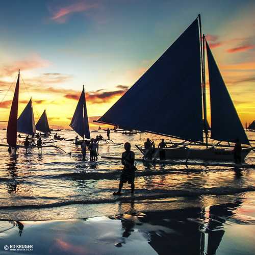 ocean travel blue sunset sea sky people sun holiday seascape reflection water sunshine silhouette skyline clouds sunrise island evening boat asia southeastasia waves asians cloudy yacht horizon philippines wave sunny vessel boating boracay copyrights fishingboat allrightsreserved skyphoto travelphotography 2011 boracayisland peopleofasia shipphoto edkruger asiancountries photoofocean cultureofasia photosofasia abaconda qfse kirillkruger rodkruger millakruger