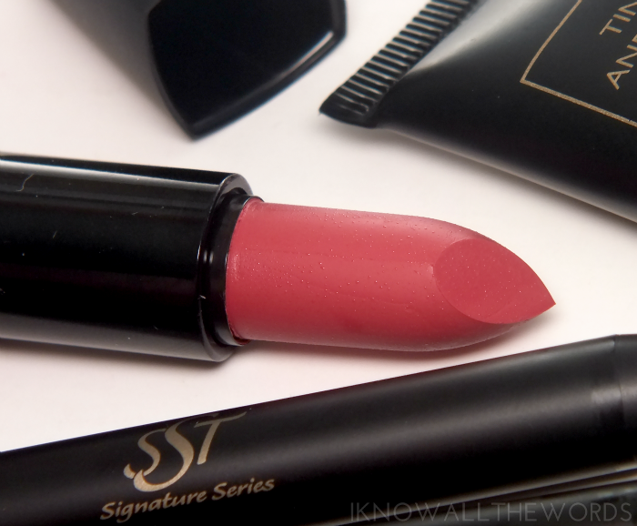 SST-cosmetics-signature-series-hydrating-lipstick-#xoxo (2)