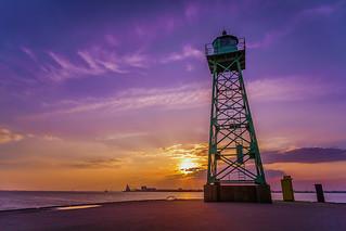 Sonnenuntergang an der Südmole Bremerhaven
