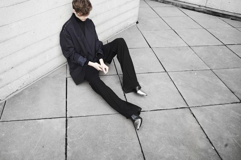 mikkoputtonen_fashionblogger_london_vintageCamelCoat_widelegtrousers_rachelzoeShoes5_web