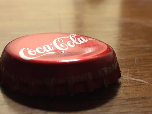 #Coca-Cola bottle cap - h8956