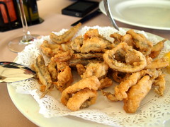 meal, frying, deep frying, fried food, squid, onion ring, food, dish, cuisine, snack food, tempura,