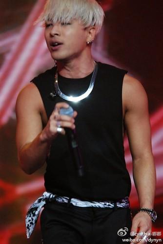 Taeyang-YoungChoiceAwards2014-Beijing-20141210_HQs-38