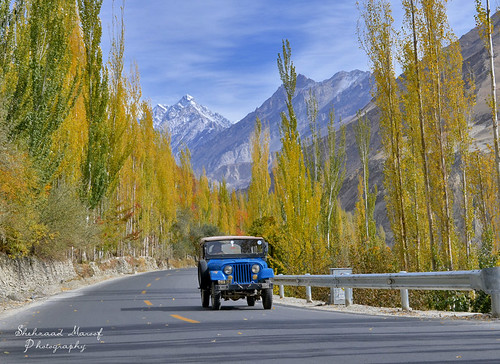 road november autumn pakistan nikon highway peace ride jeep karakoram kkh hunza ontheroad autumndrive pakchina gilgitbaltistan