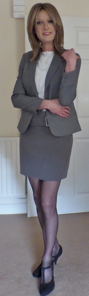 Pantyhose Voyuer Dressing For Work
