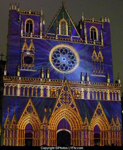 Fête+lumières+lyon+cathédrale+St-Jean