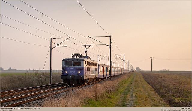 SNCF 817053 @ Nanteuil-le-Haudouin
