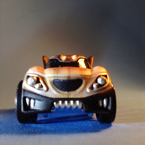 Guardians Hot Wheels Rocket front