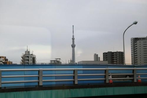 即將抵達上野