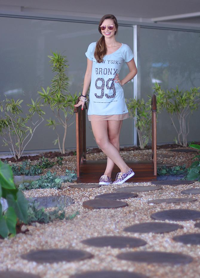 04-look do dia vestido e tenis de oncinha la mandinne e blog sempre glamour