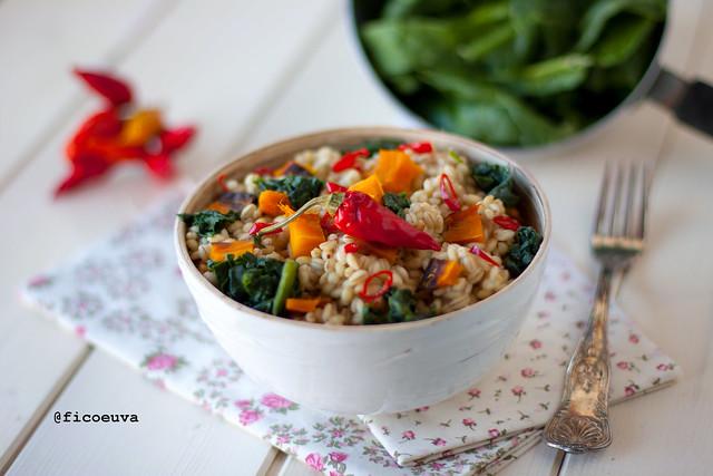 Orzotto piccante alla zucca e spinaci