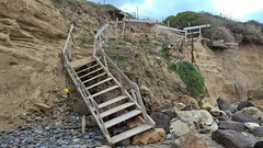 wall(0.0), track(0.0), quarry(0.0), bridge(0.0), landslide(1.0), rockfall(1.0), geology(1.0), terrain(1.0), infrastructure(1.0),