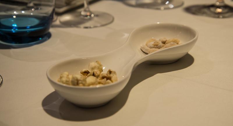 Palomitas de maíz con canela y cacahuetes con caramelo - Club de las Cenas Secretas en Atelier Belge