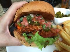 Inferno Burger and North Star IPA @Shanghai Brewer…