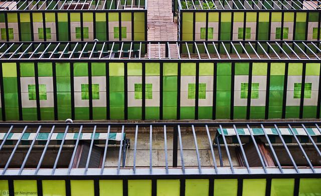 Valencia Balkone Farbe