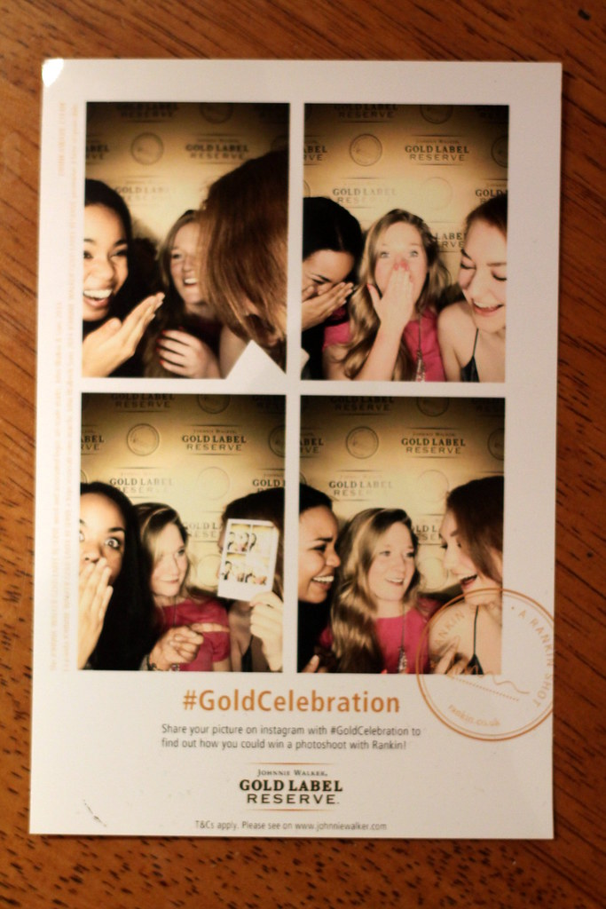 Gold Celebration Photobooth (6)