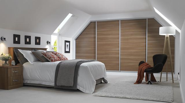 Bedroom with angled sliding wardobe doors
