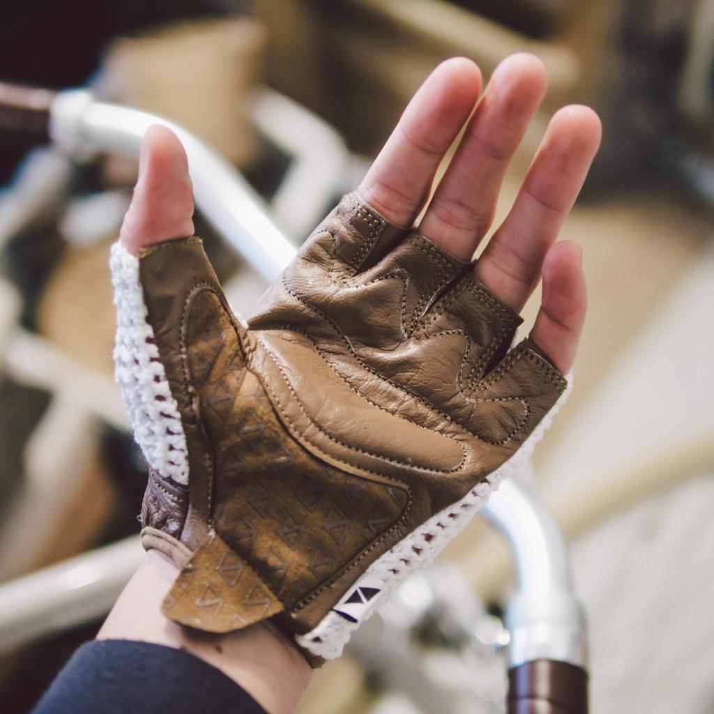 Veeka Gloves 單車皮手套 veeka gloves 單車皮手套 Veeka Gloves 單車皮手套 16004789765 e791d241ac o