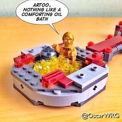#LEGO #StarWars #R2D2 #Artoo #C3PO #Threepio #Oil #Pool #OilPool #PoolTime #OilBath @lego_group @lego @StarWars @starwarsclubve