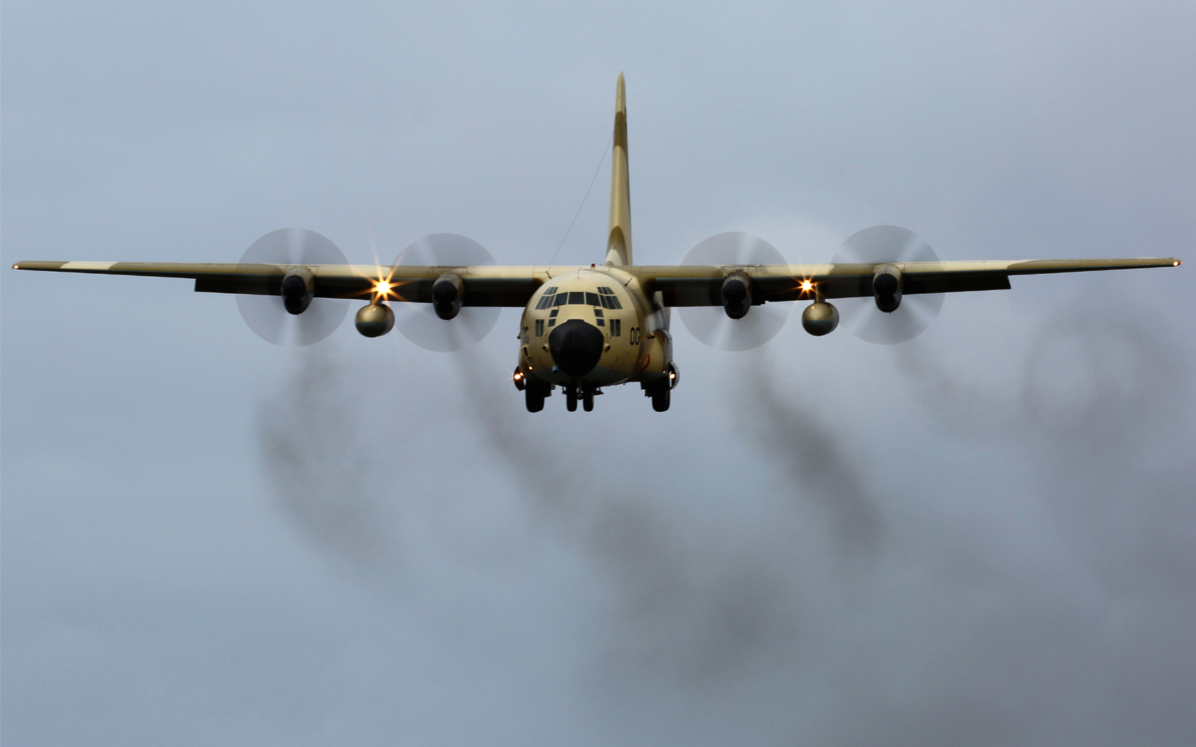 FRA: Photos d'avions de transport - Page 21 16063894843_b739681c22_o