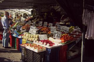 http://hojeconhecemos.blogspot.com.es/2011/05/shop-mercado-de-majadahonda-espanha.html