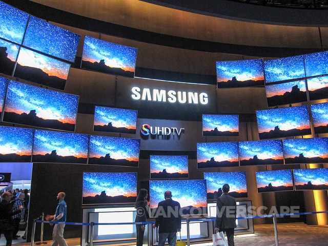 CES 2015 trade show booths-11