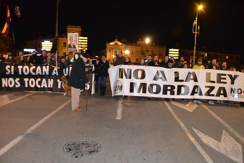 Manifestación  contra la ley mordaza en el centro de Murcia 24/01/2015 URBANARTIMAÑA  http://arteanodino.blogspot.com.es/