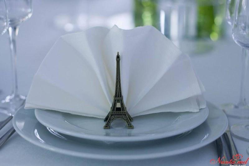 Ideal Decor  > Foto din galeria `Paris `